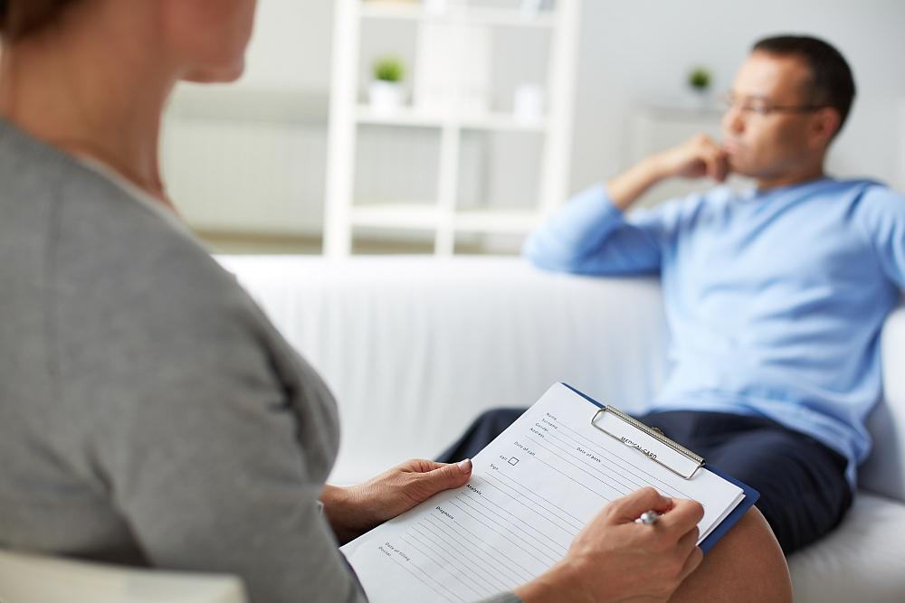 Depresja – czy iść do psychologa?